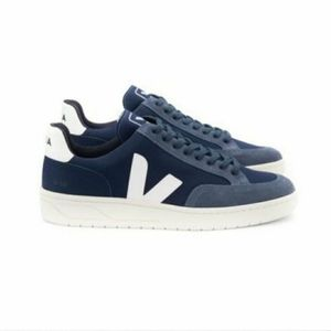 VEJA Men's Trainers Blue and White Size 12